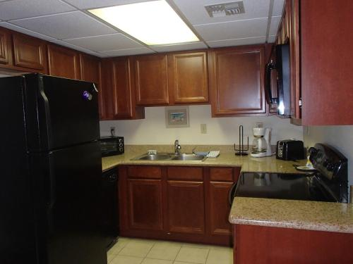Galleon Bay 207 by Island Services Photo