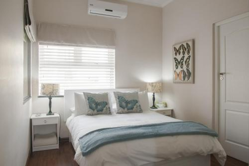 Anchor Bay Guest House Photo