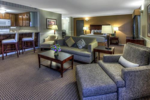 Best Western Plus Carpinteria Photo