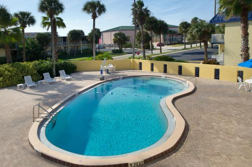 Days Inn - Cocoa Beach Photo