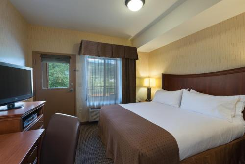 Holiday Inn Steamboat Springs - Steamboat Springs, CO 80477