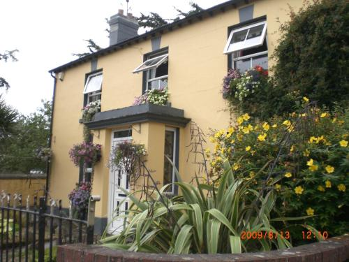 Photo of Village Bed And Breakfast Kilmessan Hotel Bed and Breakfast Accommodation in Kilmessan Meath
