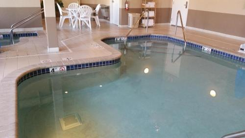 GrandStay Residential Suites Hotel - Eau Claire Photo