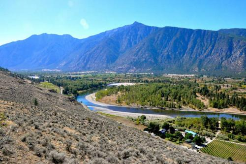 Similkameen WILD Resort Winery Photo