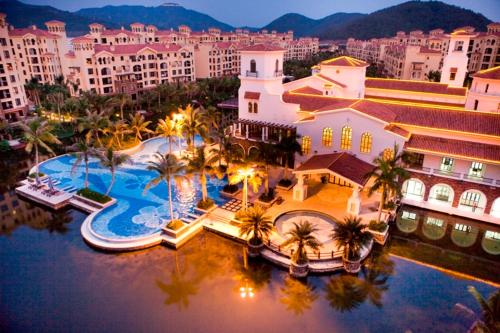 Goldentide International Sanya Island Resort Photo