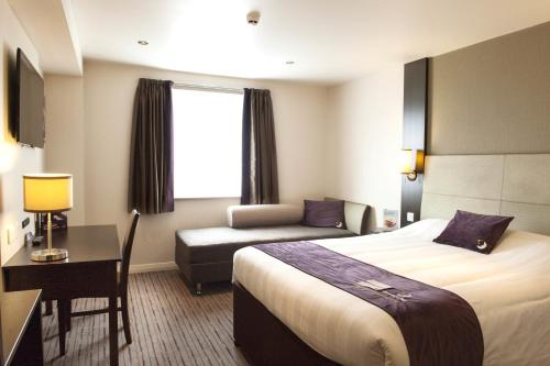 Premier Inn Edinburgh A1 - Newcraighall photo 11