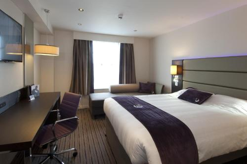 Premier Inn Edinburgh A1 - Newcraighall photo 20