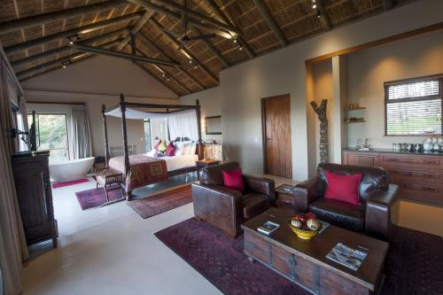 Tamodi Lodge Photo