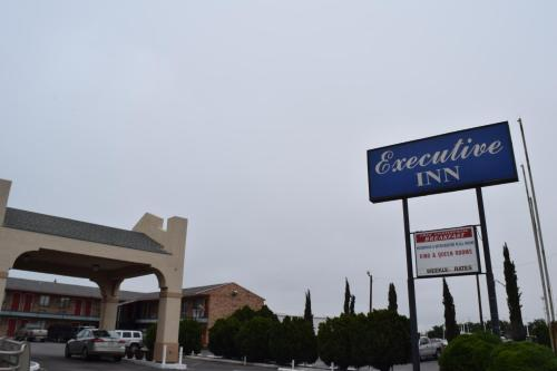 Executive Inn Odessa photo