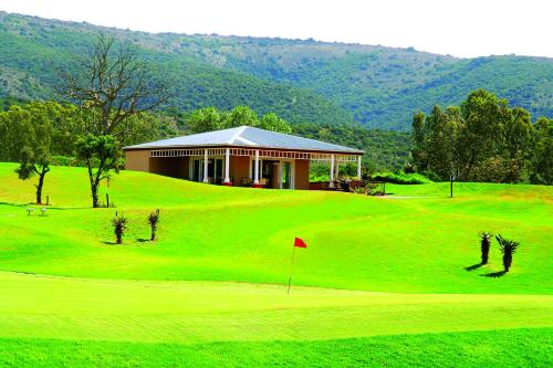 Bushman Sands Golf Lodge Photo