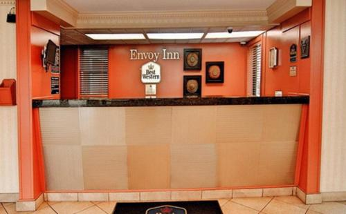 Best Western Envoy Inn Photo