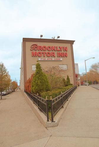 Brooklyn Motor Inn Photo