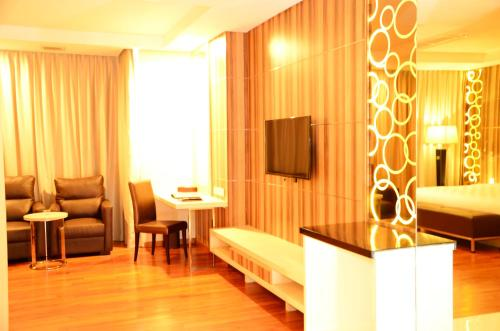 Nagoya Hill Hotel Batam photo 15