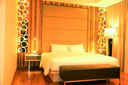 Nagoya Hill Hotel Batam photo 25