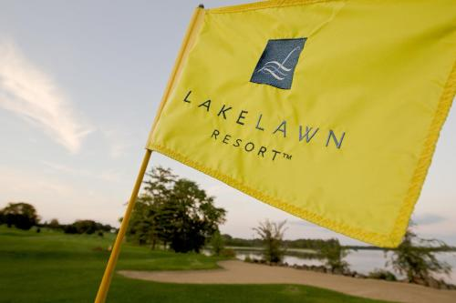 Lake Lawn Resort Photo