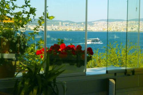 Marine House Boutique Hotel Adalar