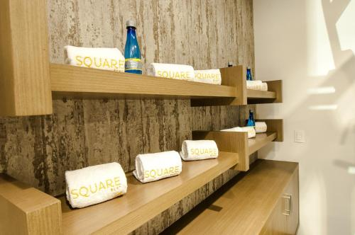 Square Small Luxury Hotel Photo