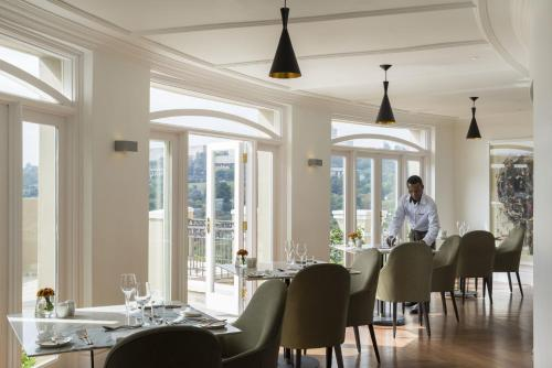 Four Seasons Hotel The Westcliff photo 38