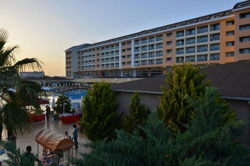 Kızılot Laphetos Beach Resort & Spa harita