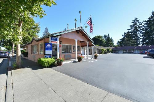 Americas Best Value Inn - Sky Ranch Photo