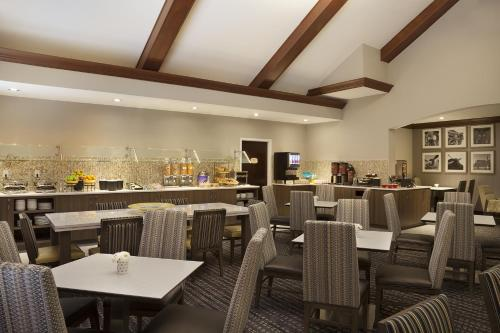 Residence Inn by Marriott Toronto Airport photo 20