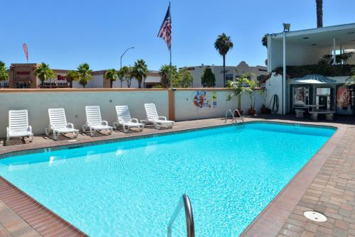 Americas Best Value Inn Loma Lodge Sea World Old Town - San Diego, CA 92110