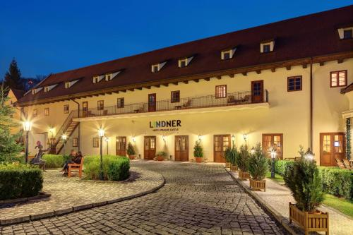 Lindner Hotel Prague Castle impression