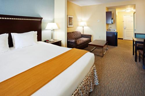 Holiday Inn Express Hotel & Suites Smyrna-Nashville Area Photo