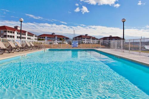 Holiday Inn Express North Myrtle Beach - Little River Photo