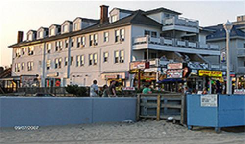 Photo of Royalton Hotel Hotel Bed and Breakfast Accommodation in Ocean City Maryland