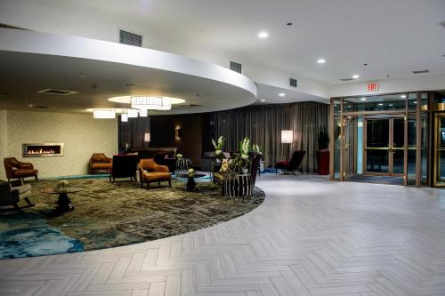 The Madison Concourse Hotel Photo