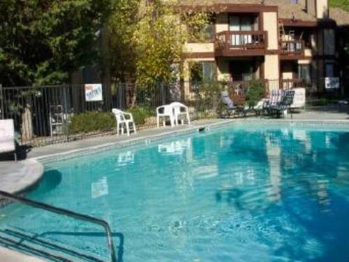 Boulder Bay Resort - Big Bear Lake, CA 92315