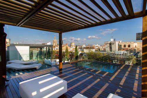 Valencia Luxury Alma Palace