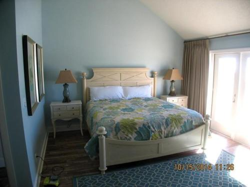 Beach Front Townhome, Green Reef at Destin Photo