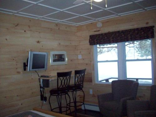 Lakewoods Cottage Resort Photo