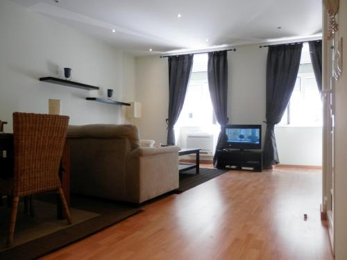 Hotel Downtown, Cozy Apartment In Lisbon thumb-3