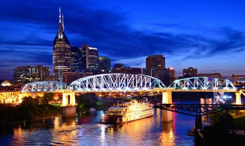 Broadway by Nashville Vacations Photo
