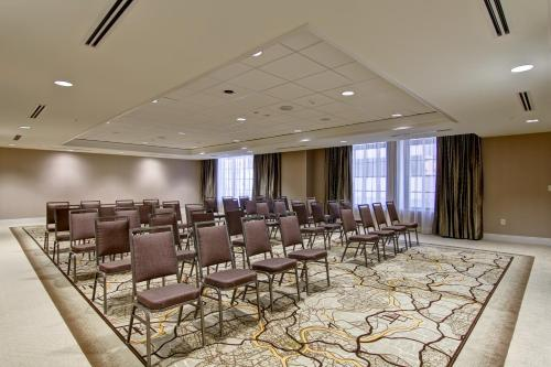 Homewood Suites by Hilton Cincinnati-Downtown Photo