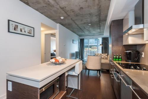 LifeSuites King West Loft Photo