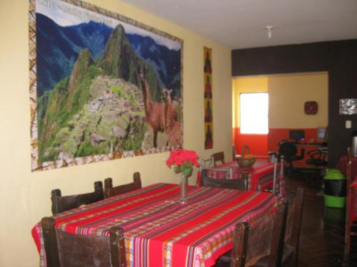 Hostal Pucllana Photo