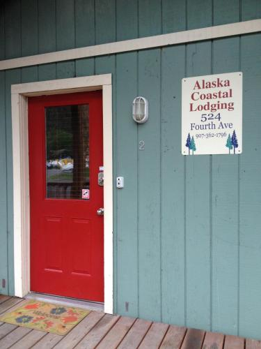 Alaska Coastal Lodging Photo