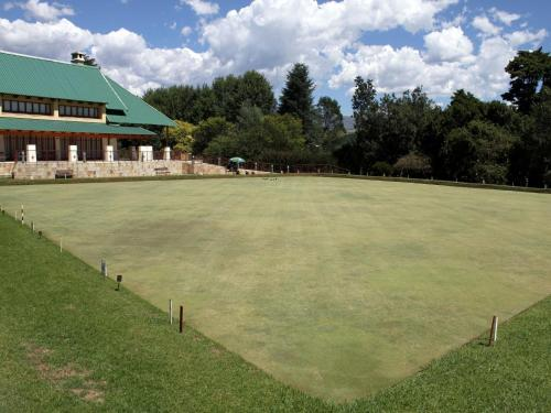 The Nest Drakensberg Mountain Resort Hotel Photo