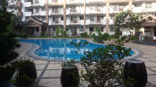 3 Condo Apartment At Mayfield Park Residences 23 Km From Siena College