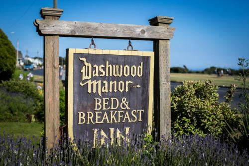Dashwood Manor Seaside Bed & Breakfast Photo