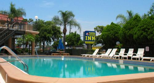 Tarpon Shores Inn Photo