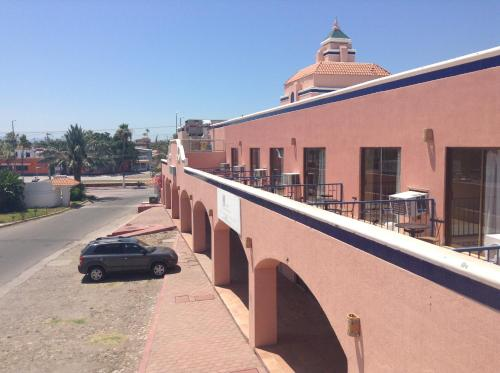 Los Jitos Hotel & Suites Photo