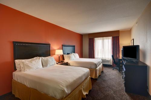 Holiday Inn Express Hotel and Suites Altus Photo