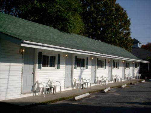 Mackenzie Motel & Cottages Photo