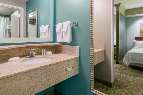 SpringHill Suites Richmond Northwest photo 9