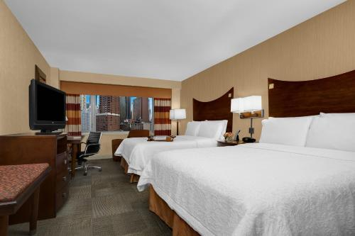 Hampton Inn Manhattan-Times Square North Photo